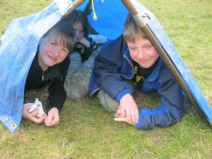 Cubs make shelters on Group Camp 2012